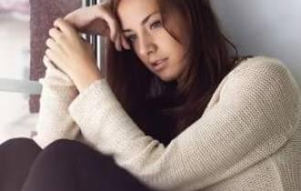 tình yêu, lời nguyền, các cụ, xích mích, ngăn cấm, con cái, có vấn đề, ly hôn, thuyết phục, khó xử, kiên trì