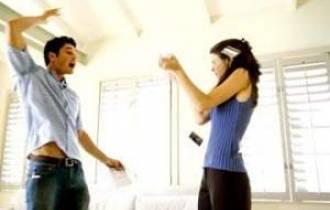 tâm sự hôn nhân, tâm sự gia đình,tư vấn ánh dương, tư vấn hôn nhân, hôn nhân, mâu thuẫn, khắc khẩu, ngu ngôc, bạo lực, ám ảnh, xúc phạm, cư xử, tôn trọng, hạnh phúc