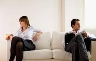 tâm sự gia đình, tâm sự hôn nhân, bỏ cuộc, chồng nhiều tật xấu, vợ chồng mâu thuẫn, ép buộc, không hài lòng, mệt mỏi, tư vấn hôn nhân gia đình