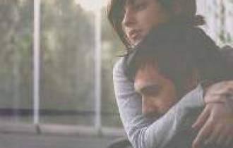 đứng nhìn từ xa, nghĩa vợ chồng, tâm sự tình yêu, giới tính, bạn gái, xa cách, bệnh tật, yêu xa, chuyên gai tư vấn, cửa sổ tình yêu