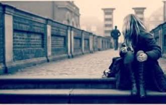 dứt khoát, hành hạ, lưỡng lự, chính kiến, bạn trai, chia tay, phản đối, đau khổ, tư vấn tình cảm, tổng đài ánh dương, gia đình, bạn gái, chị gái, ra trường, xin việc