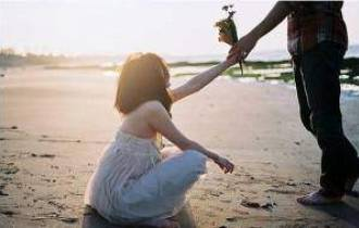 tư vấn tâm lý, tư vấn tình yêu, bạn trai, yêu đơn phương, quan hệ, bạn bè, ngoại tình, tìm lại, nụ cười, tan vỡ, nhắn tin, làm quen, chia tay, níu kéo