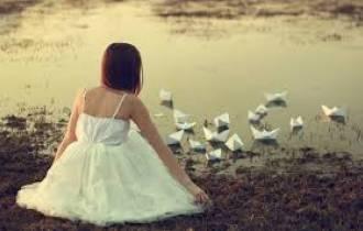 tuyệt tình, buông tay, níu kéo, có thai, bỏ thai, hết yêu, khó khăn, chờ đợi, hi vọng, còn yêu, chấp nhận, tôn trọng, sống cho mình