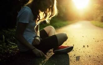 tư vấn tâm lý , tư vấn tình yêu, bạn trai, cái vã, im lặng, thay đổi, hết yêu, lo lắng, chịu đựng, tổn thương