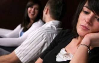 tư vấn tâm lý, tư vấn hôn nhân gia đình, nghi ngờ, bố ngoài tình, chứng kiến, thất vọng, lo lắng, vun vén hạnh phúc, chia sẻ, thay đổi, bình tĩnh, bao dung