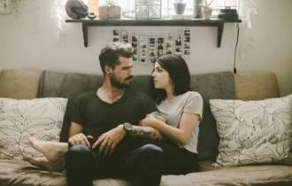 tư vấn tình yêu, bạn gái, hết cảm giác yêu, kết hôn, không muốn ràng buộc, chia tay, níu kéo, làm mới tình yêu, người đến trước, người đến sau