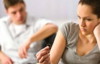 tâm sự hôn nhân, tâm sự gia đình, cộc cằn, thô lỗ, cờ bạc, nợ nần, ly hôn, bạo lực, cửa sổ tình yêu