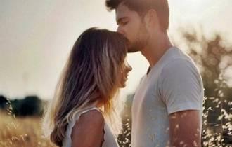 tình yêu, tiền bạc, so đo tính toán, thiệt hơn, băn khoăn, lo lắng tình yêu