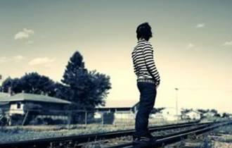 tình cũ, tình mới, lựa chọn, quan tâm, tình yêu, thử thách, tổn thương