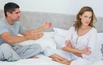 hôn nhân tan vỡ, chồng ngoại tình, thiếu quan tâm, lời nói tổn thương, chán nản, đau khổ, cửa sổ tình yêu, tư vấn
