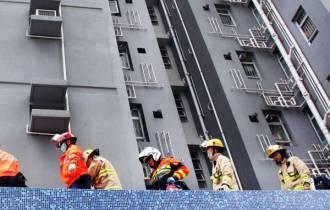 nhảy lầu tự tử, thiệt mạng, thiệt mạng vì đỡ người nhày từ tầng 1, tự tử, cua so tinh yeu
