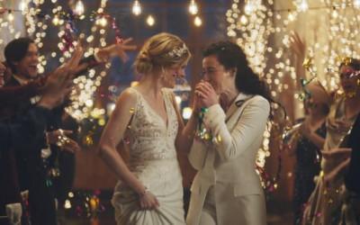 đồng tính, LGBTQ, Hallmark, Ellen DeGeneres, William Shatner, Mỹ cặp đôi đồng, cua so tinh yeu