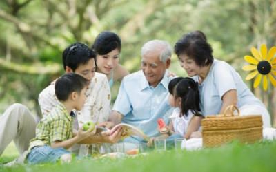 tình yêu gia đình, tình yêu với ông bà, ông bà, người cao tuổi, người lớn tuổi
