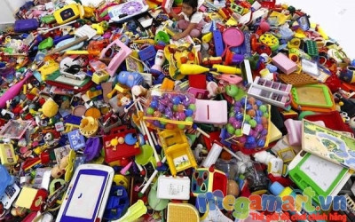 Đồ chơi bằng nhựa có thể chứa hơn 100 chất độc đối với trẻ em