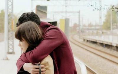 Tại sao phụ nữ thích được ôm hơn hôn? Phản ứng cơ thể khó có thể giấu nổi