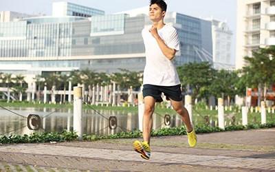 5 Bài tập thể dục buổi sáng cực tốt cho sức khỏe nam giới
