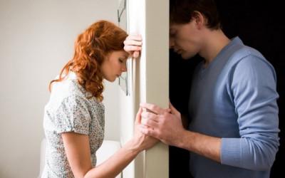 Phụ nữ thông minh hành xử thế nào khi phát hiện chồng phản bội?