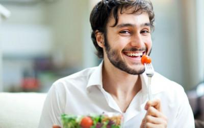 Nam giới nên ăn gì vào mùa hè để cơ thể luôn khỏe mạnh