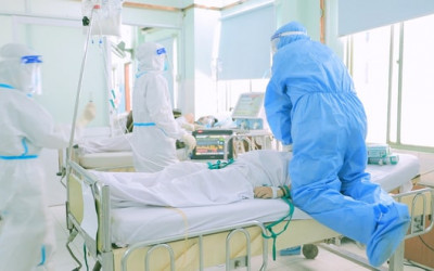 Phim Ranh giới: Vì bệnh nhân thôi, y bác sĩ đâu cần làm anh hùng!