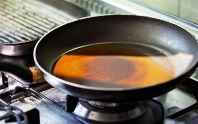 Xử lý dầu ăn thừa đúng cách, bảo vệ môi trường và sức khỏe