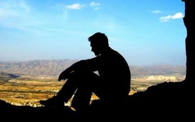 ghen tuông, kiểm soát, mù quáng, mệt mỏi, không muốn tiếp tục, phản bội, tha thứ