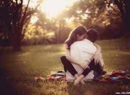 tư vấn tâm lý, tư vấn tình yêu, người yêu cũ, liên lạc, giúp đỡ, thói quen, quan hệ, hờ hững, vô tâm, tin tưởng, động cơ, mục đích