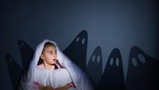 nuôi dạy con, giúp con vượt qua nỗi sợ, trẻ sợ bóng tối, giúp trẻ hết sợ bóng tối