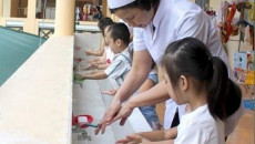 tay chân miệng, chăm sóc trẻ, chăm sóc trẻ bị chân tay miệng