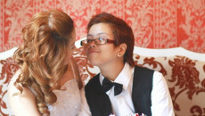 Đằng sau hôn nhân... của người đồng tính