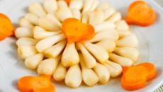 Những món dưa muối thơm ngon ăn cùng bánh chưng giúp cả nhà giải ngấy ngày Tết