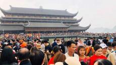Người Việt cần thẳng thắn nhìn lại quan điểm về việc lên chùa cầu xin