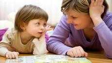 sự phát triển ngôn ngử của trẻ từ 0 – 6 tuổi, phát triển ngôn ngữ theo các giai đoạn, ngôn ngữ tiếp thu, ngôn ngữ giao tiếp, phát triển ngôn ngữ thông qua hoạt động của trẻ, kỹ năng giao tiếp cần thiết ở trẻ, trẻ bắt đầu biết nói và nhận ra các đồ vật xung quanh