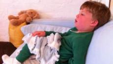 trẻ nhỏ, sởi, nốt phát ban, biến chứng, sốt, viêm phổi, nguy hiểm
