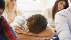 yêu học trò, mưa bóng mây, lơ là học tập, ngủ trong lớp, mong bạn quan tâm