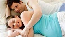 mang thai, 3 tháng đầu thai kỳ, quan hệ tình dục, giao hợp, tư thế quan hệ, phát triển, thai nhi, ham muốn, hưng phấn, nhu cầu