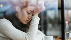 lo lắng sức khỏe, chấn thương sọ não, sức khỏe tâm thần, thần kinh, cải thiện bản thân, cửa sổ tình yêu
