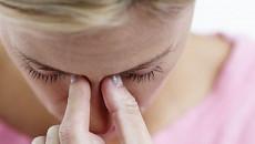 HIV, bảo hiểm y tế, dụi mắt, nguy cơ lây nhiễm, đường máu, dịch sinh dục, nước, không khí, cuasotinhyeu