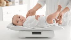 cân nặng, ba tháng đầu, suy dinh dưỡng, chăm sóc, thăm khám