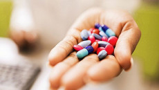 mang thai, dùng thuốc, bạch cầu cao, nhiễm khuẩn, điều trị