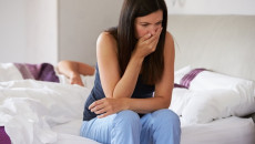 phát hiện thai sớm, dấu hiệu có thai, mang thai, ra máu báo