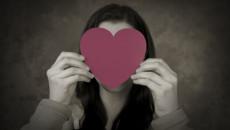 chưa từng yêu, sợ yêu, sợ bị kiểm soát, ngưỡng mộ tình yêu đẹp
