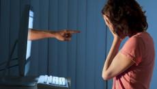 bị tống tình, quen qua mạng, nhắn tin nhậy cảm, sợ chồng biết
