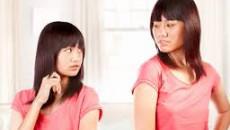 chị em gái, hay cãi nhau, không nhường nhịn, đành hanh, bô mẹ bênh em