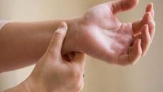 sinh lý nam, tự sướng, xương cổ tay nhỏ, nhỏ xương, ảnh hưởng sức khỏe