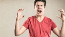 ăn bám bố mẹ, cãi lại cha mẹ, ăn nói mất dậy, chồng vô học, chán nản