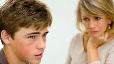 tuổi dậy thì, mẹ kiểm soát, mối quan hệ, mạng xã hội, ép buộc