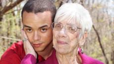 thích người lớn tuổi, có phải bệnh lý, yêu người nhiều tuổi, ái lão