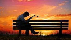 hẹn hò, có tình cảm, bị từ chối, muốn theo đuổi lại, khó chinh phục