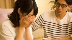 đính hôn, lừa dối tình cảm, đi với người khác, nghi ngờ tình cảm