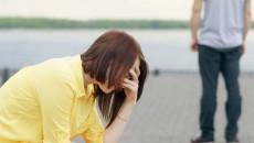 bạn trai, lạnh nhạt, yêu xa, không quan tâm, chán nản